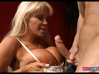 Matures;MILFs;Cougars;Big Cock;Mom;Brazzers;HD Videos;Huge Rack;Huge Mature;Old Old Mature Blonde has Huge Rack