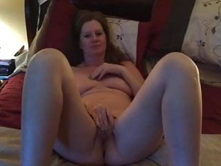 Mature;MILF;Girl Masturbating;Mom Lisa Fingereing