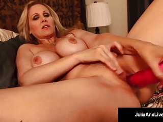 Blondes;Sex Toys;Masturbation;Matures;Big Boobs;HD Videos;Pink Dildo;Julia Ann Live AVN Hall of Famer, Julia Ann, Gets...