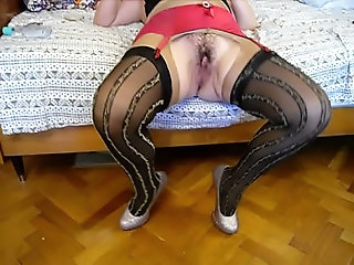 stockings,mature,hairy,girdle,stockings Pushuna&#039_s red girdle