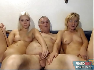 sex,old,whore,mom,webcam,trio,pingon,milf mother father and daughter  fuck