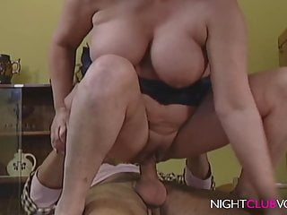 Mature;Vintage;HD Videos;Big Nipples;Big Tits;Mom Helga vom Land fickt mit dem Postboten
