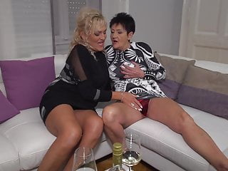 Lesbian;Mature;MILF;Granny;HD Videos;Eating Pussy;Mature NL Old lesbians love each other