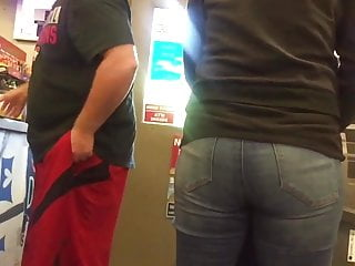 Amateur;Babe;Close-up;MILF;HD Videos;PAWG;Big Ass;American;Mom Quick PAWG MILF Sexy Ass in Jeans
