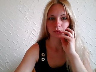 Blonde;Bisexual;MILF;Small Tits;Big Clit;Latvian;Saggy Tits;Girl Masturbating;Pissing blonde latvian like to play in public