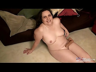 milf,mature,old,solo,mom,granny,compilation,slideshow,gilf,milf USAwives Compilation of Best Solo...