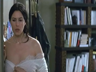 mom;mother;celeb;monica;bellucci,Brunette;Celebrity;MILF;Italian Monica Bellucci - Combien Tu...