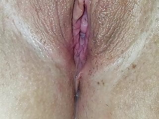 Amateur;Close-ups;Fingering;HD Videos;Wife;Tight Pussy Wifes soaking wet pussy
