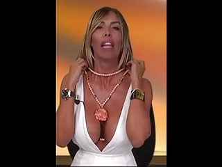 Celebrities;MILFs;Italian;HD Videos;Big Natural Tits;Big Nipples TETTONA E GIOELLI 6