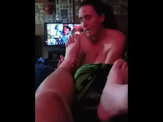 toe;sucking;foot;fetish;girl;sucks;guys;toes,Amateur;Big Tits;Brunette;MILF;POV;Massage;Feet Milf friend sucking my toes on game day.