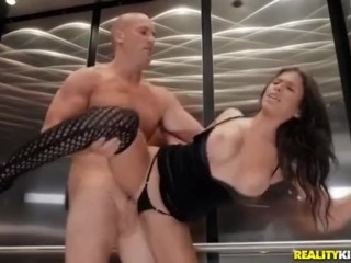 big;tits;big;ass;ascensore;ascenseur;milf;reality;kings;reality;big;boobs,Big Ass;Big Tits;Brunette;Cumshot;Public;MILF;Squirt;Romantic Scopata in ascensore.. e vengono...