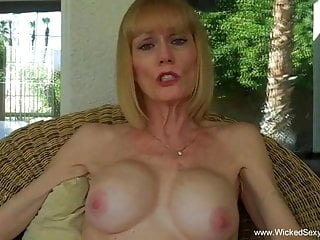 Amateur;Anal;Blowjob;Mature;MILF;Granny Can Granny Suck Dick Or What
