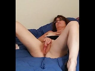 Amateur;Fingering;Tits;MILF;Girl Masturbating;European A wife rubbing one out for her...