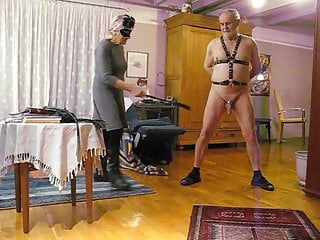 Amateur;Mature;BDSM;German;CFNM CBT with variose whipps by my Lady