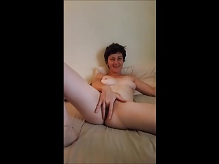 Amateur;Masturbation;MILFs;French;Wife Audrey want some cock!