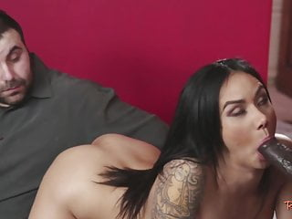 Interracial;MILF;HD Videos Cheating wife loves riding black dong