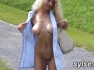 Amateur;Sex Toy;Public Nudity;MILF;Old & Young;French;Outdoor;69;Threesome 2 french milfs avec le puceau , godes...